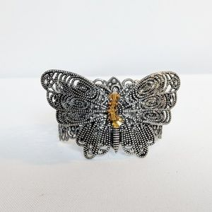 Jewelry - 💥3 for $25💥 Silver Filigree Butterfly Bracelet